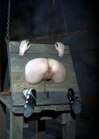 Slave Has A Hot Box That Is A Perfect, Tight Fit