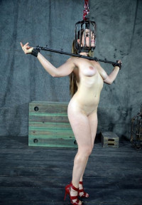 Sexy Goddess Of Pain