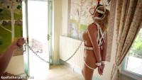 Pony Girl – Ariel Anderssen.