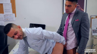 MenAtPlay – Salvador Mendoza And Robbie Rojo