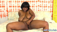 Marie Leone — Minding Her Own BBW Business