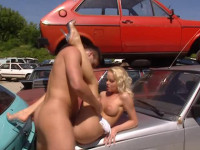 Blond whore fucked in a landfill