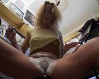 Blond sluts love close-ups