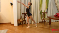 Tatjana - Ballerina exercises