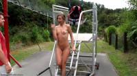 Nude Zip