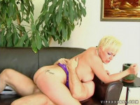 Squirt with Missy Monroe