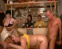 Download Oldies' sex party