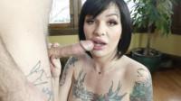 Good Cucks Suck Cock: Lola Shows How