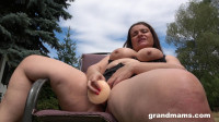 Mature pussy stimulation in the back yard
