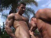 Bareback straight bodybuilders