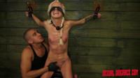 Halle Von Sexual Disgrace Hollering Hippy (25 Feb 2015)
