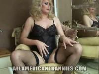 Curvy American Tranny Alison Dale.