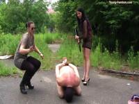Young-femdom - Sado Queens Pissing