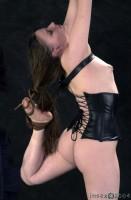 Insex - Arabesque (Live Feed From September 8, 2004) RAW - AZ, 828