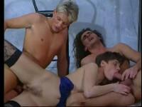 Shake It Up (1990) - Cornelia Juffe, Laureen Cieung, Cindy Carrera