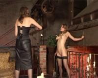 Zarte Zofen (first time, first, orgasm, spanking, download)
