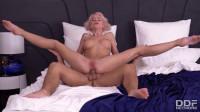 Mira Biliss aka Lara Frost - Bendy Babe Goes Balls Deep