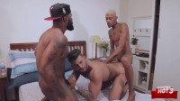 HotBoys - Guto Abravanel, Vitor Guedes e Yuri Obe