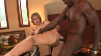 Download Seducing you with big melons and big bottom