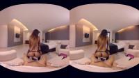 Antonio Aguilera & Natassia Dreams 3D VR Porn - Alone with Natassia