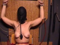 Xtremes Play With Slave Kirsten