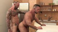 Vic Rocco fucks Liam Knox's asshole (720p)