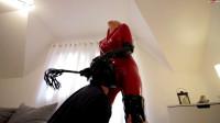 Versaute Latexdomina Benutzt Sexsklaven - Daynia - Full HD 1080p