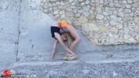 Tatjana - Contortion in public