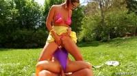 Daria Glower, Tatiana Milovani - Summerhouse of Fun!