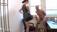 Ballbustingchicks - Victoria Valente - Good Old Punishment Methods