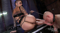 Leigh Raven Smelly Foot Submission