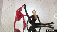 Flexible Zlata in latex