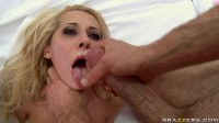 Young Guy Gives It To Her Rough And Hard