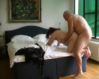 Download Fat chick gets assfucked