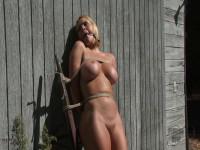 Krissy Lynn in the Sun
