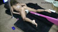 Dirty Wife I lay down, spread my legs get machine fucked(2017)