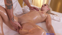 Multiple squirting for Czech blonde