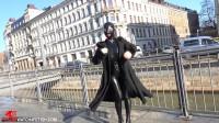 Miyu - Walk through the city
