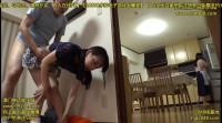 Abe Miyoko, Nagai Miho squatting with a close friend