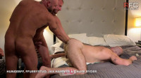 Fisting 101 With Chase Ryder and Jax Hammer in Detroit