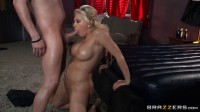 Sexy Blonde Lady Poses As A Good Masseuse