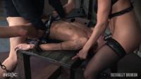 dom small tits (Kassie Kay Part 1- 3016).