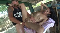 Stephania, 32ans, aime la sodomie!