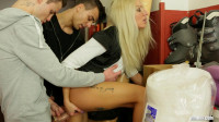 video bisex vid - (Delivery Ending Up In a Bisex Threesome)