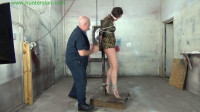 Hunterslair - Ren Smolder - Leggy captive stretched out at the post