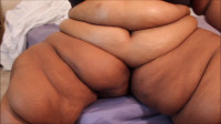 Ssbbw Brianna Huge Leg Rolls on 19 yr old Ssbbw Yaya POV HD...