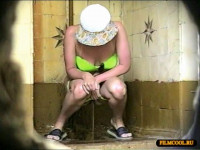 pee voyeur (Hidden camera in the women's bathroom from Zosmar Vol.1)!