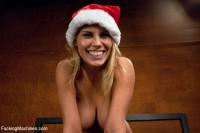 Merry Christmas From FuckingMachines.com : Bonus Sybian Update