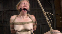 Delirious Hunter Shows OT Her Sexy Flexibility