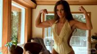 Tara Edwards — Fitness Model